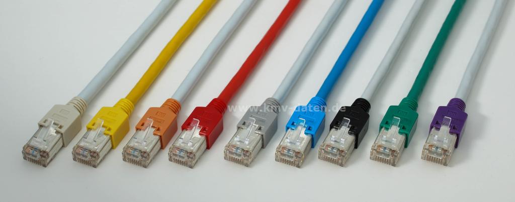 Patchkabel Cat 5e 1 Gbit Länge:25,0m. 2 x RJ 45 HRS TM 11 Stecker Tülle grün Kerpen D1-20 SF/U flex PVC / grau EAN Nr.: 4551095324069
